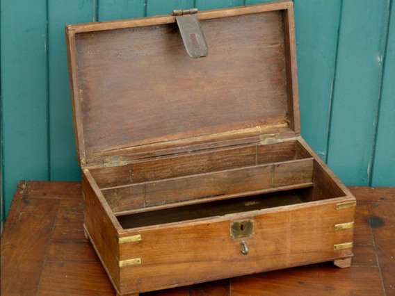 Small wooden chest sold scaramanga