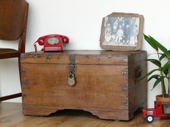 Old Wooden Trunk 3176
