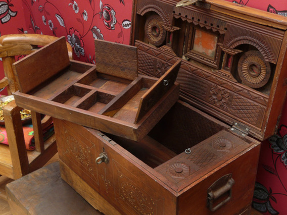 Indian Wedding Chest 1022