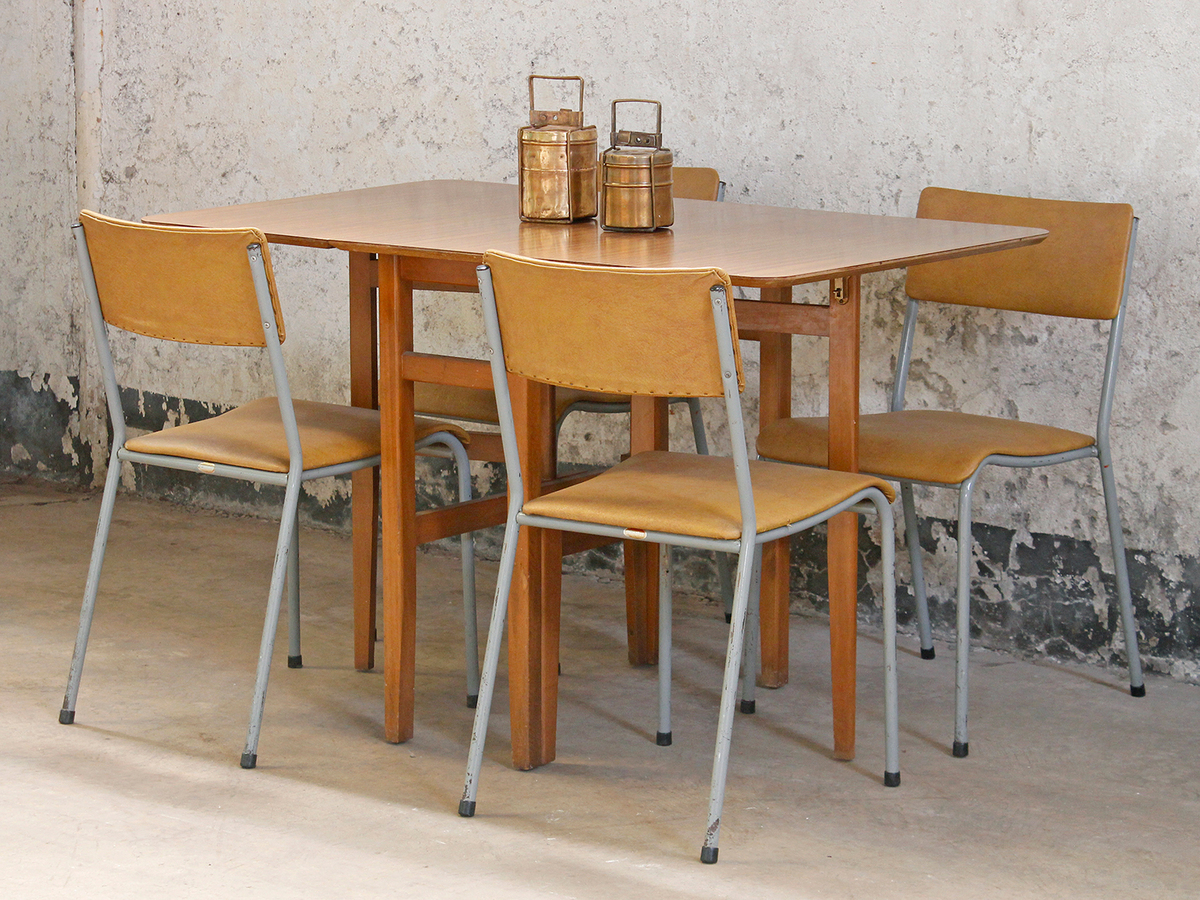 Retro formica dining table wooden table scaramanga for Retro dining table