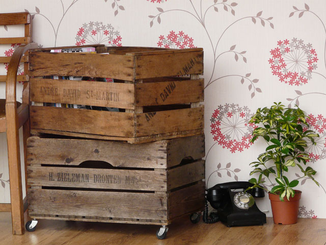 Vintage apple crates 3 set old wooden chests trunks for How to make apple crates