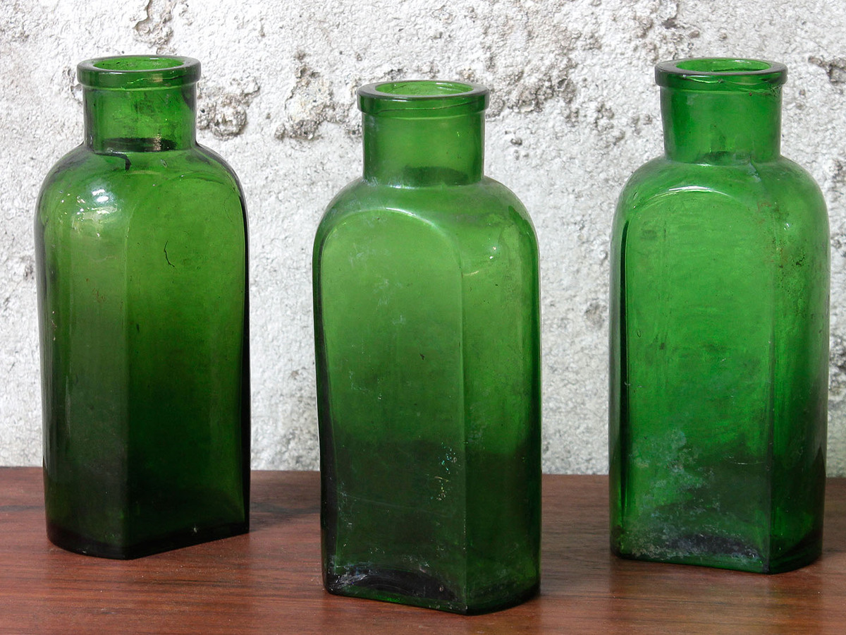 The Green Thing: the old and wise fight back - Joanne Nova Old green bottles photos
