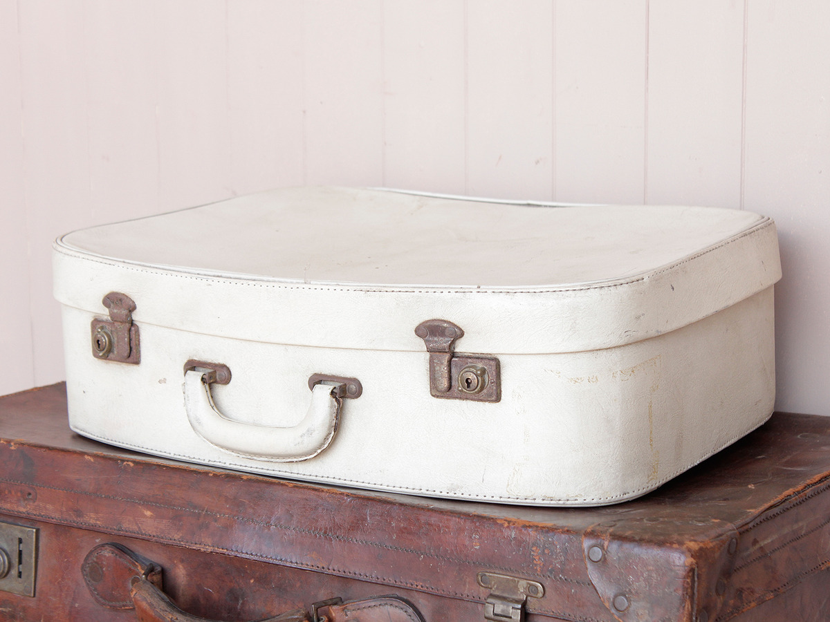 White Vintage Suitcase - Sold - Scaramanga