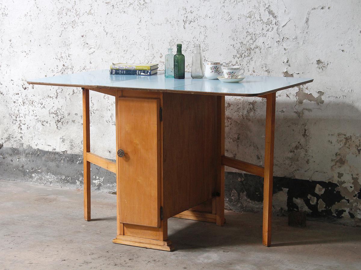blue vintage formica table sold scaramanga. Black Bedroom Furniture Sets. Home Design Ideas