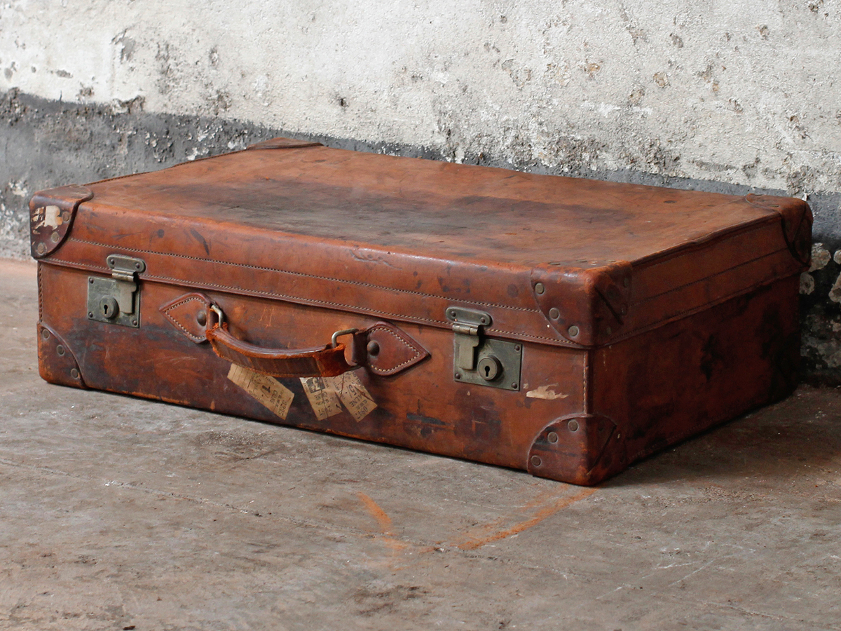 Antique Leather Suitcase by Cleghorn - Sold - Scaramanga