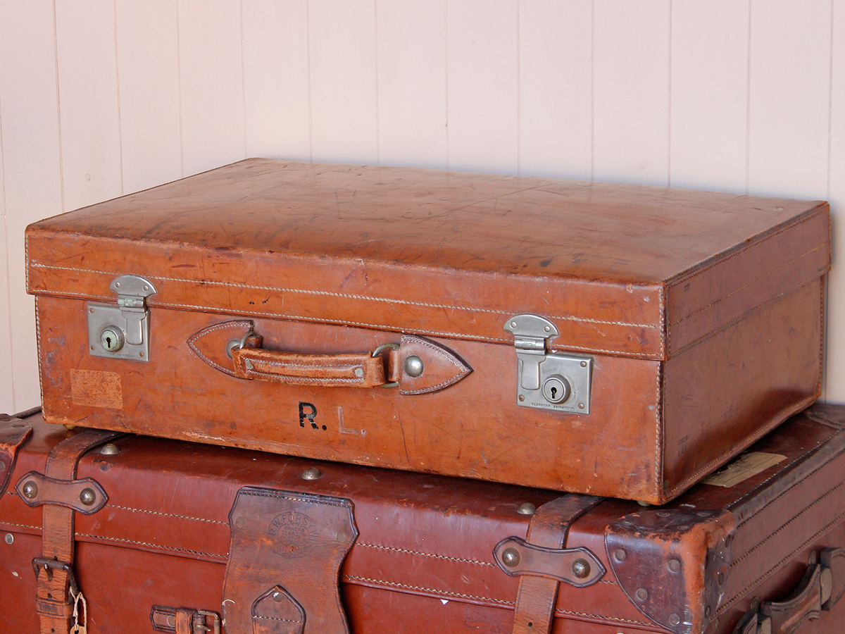 Tan Leather Suitcase - Vintage Suitcases - Scaramanga