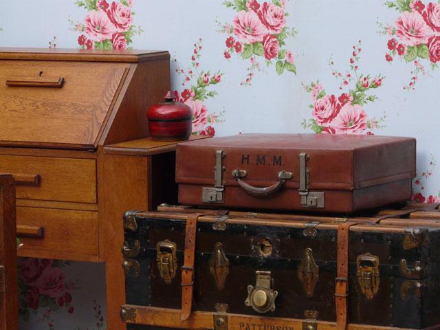 Vintage Revelation Suitcase 1563 - Sold - Scaramanga