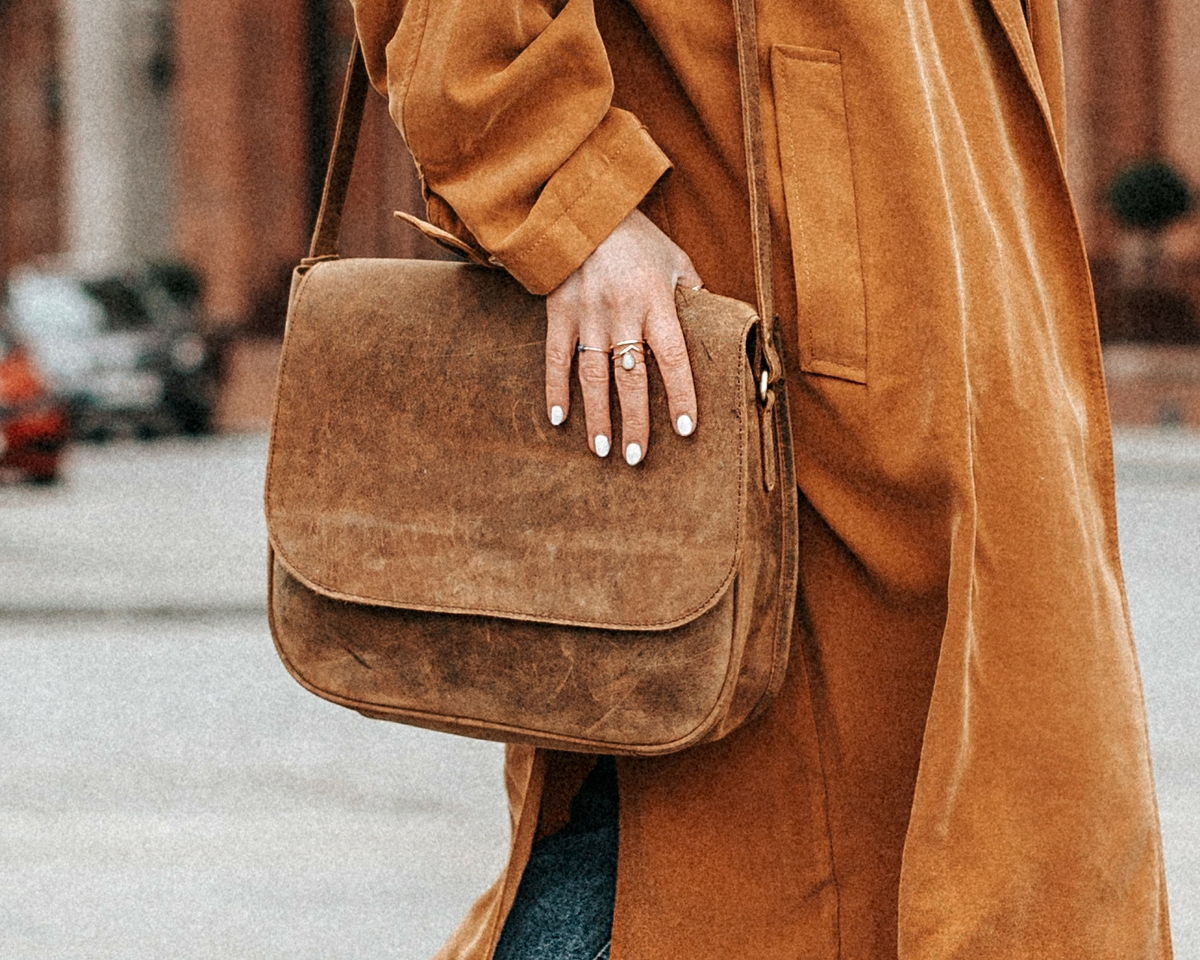 how to make a leather purse look brand new again