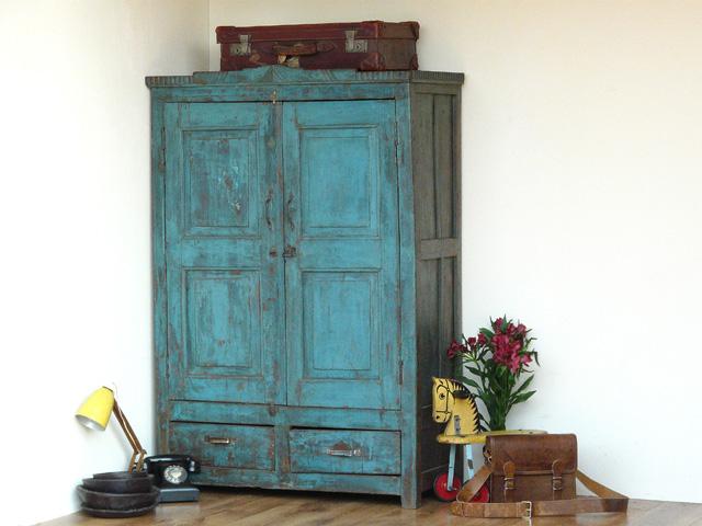 Etonnant Vintage Blue Armoire 630