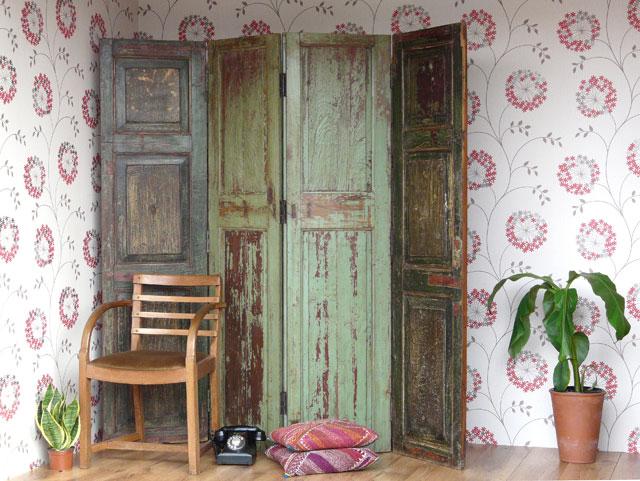 Vintage wooden room divider screen scaramanga leather - Puertas de biombo ...