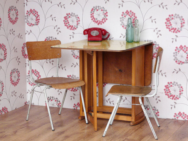 Retro Formica Dining / Kitchen Table