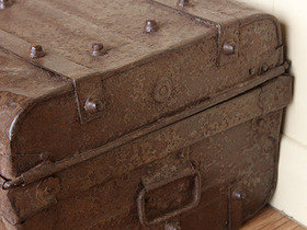 Distressed Vintage Trunk Thumbnail