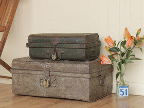 Green Vintage Trunk Thumbnail