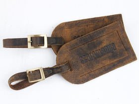 Leather Luggage Tag With Buckle Thumbnail
