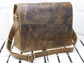 Leather Messenger Bag Large 17 Inch Thumbnail