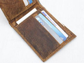 Mens Leather Wallet Thumbnail
