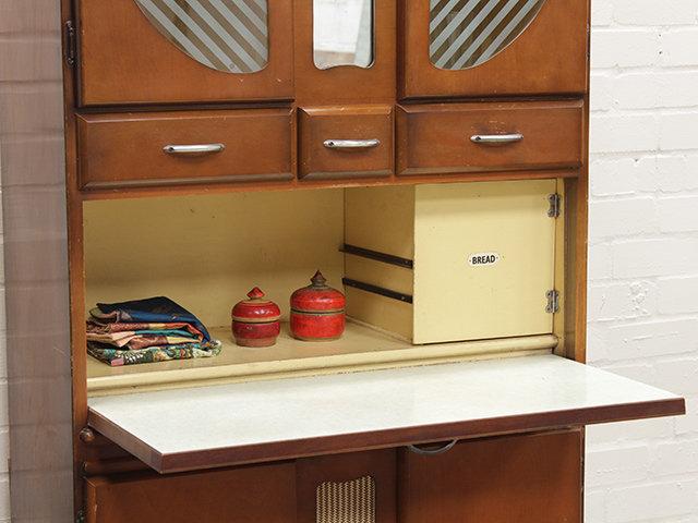 Original 50s retro kitchen cabinet sold scaramanga for Vintage kitchen units uk
