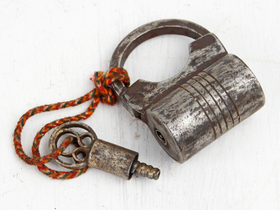 Small Antique Screw Padlock Thumbnail