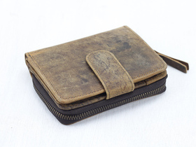 Women's Leather Wallet Thumbnail