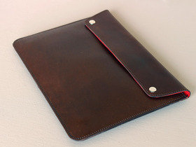 iPad Leather Cover - Red Lining Thumbnail