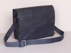 Black Messenger Bag 15 Inch Thumbnail