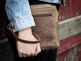 Boys And Girls Parkway Leather Bag Thumbnail