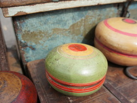 View our  Green Tikka Pot from the  Vintage Wooden Pots collection
