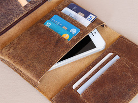 Leather Tri Fold Smartphone Wallet Thumbnail