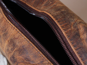 Men's Leather Wash Bag Thumbnail