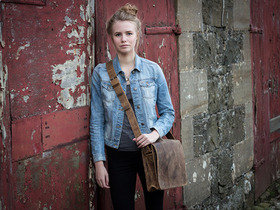 View our Junior Boys And Girls Small Wide Leather Messenger Bag 13 Inch from the Junior Leather Messenger Bags collection