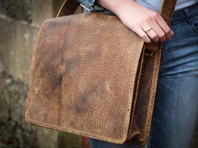 Boys And Girls Small Wide Leather Messenger Bag 13 Inch Thumbnail