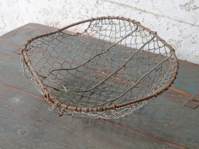 Vintage Metal Potatoes Basket Thumbnail