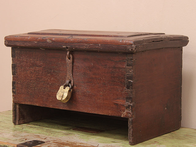 Antique Pirate's Chest Thumbnail