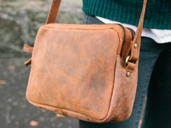 /The Gemini Crossbody Bag