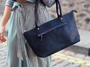 /Black Leather Bella Handbag